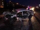 Tıra Arkadan Çarpan Otomobilin Hız Kadranı 200'de Takılı Kaldı: 1 Ağır Yaralı
