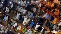 Les musulmans célèbrent le mois saint du Ramadan