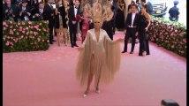 Céline Dion resplendissante au Gala du Met