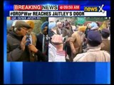 OROP: Ex-servicemen protest outside Jaitley's residence