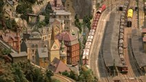 Model Railway HO Scale from Germany with Catenary for the Electric Locomotives | Pilentum Television - The world of model trains