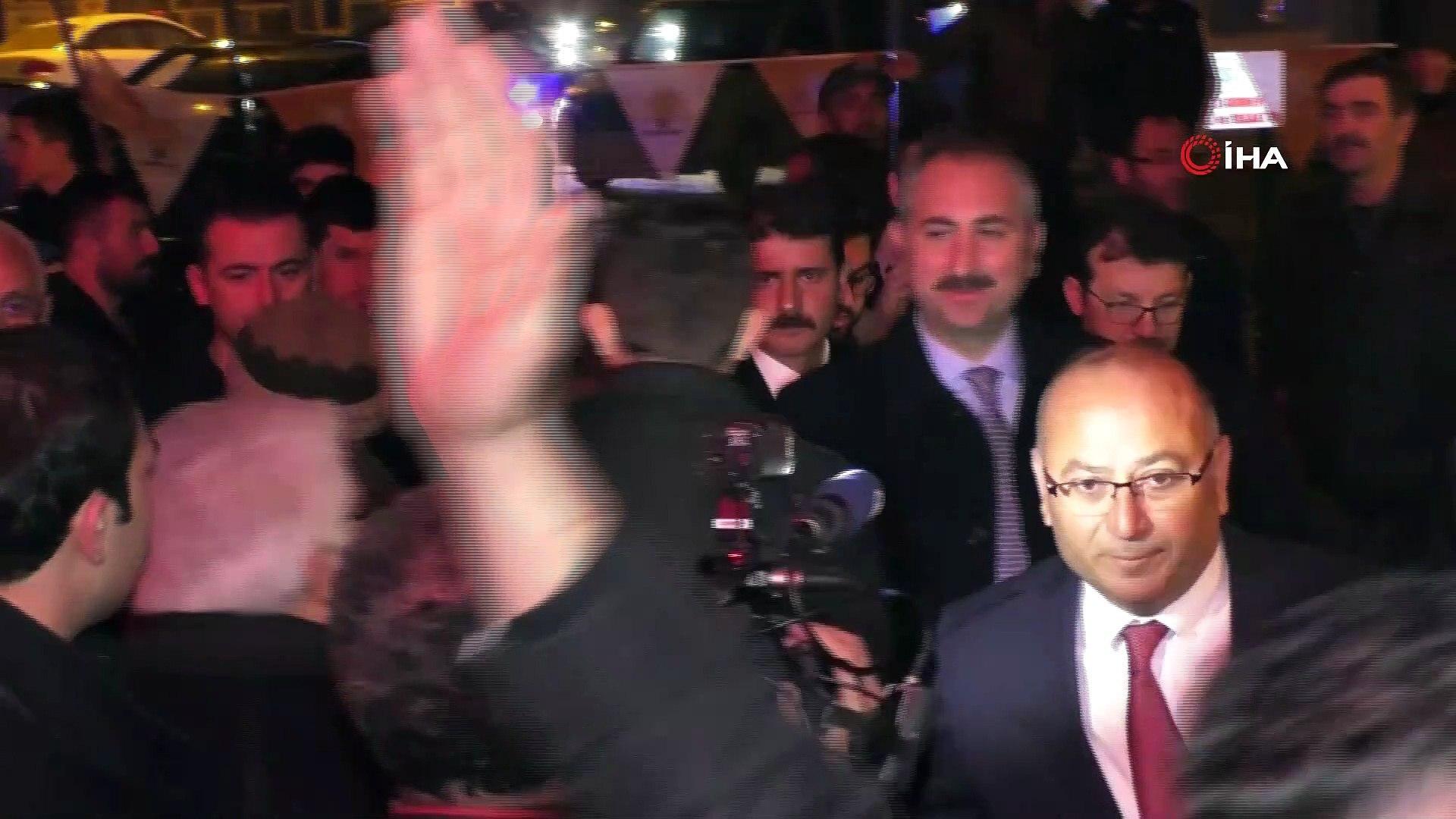 """Adalet Bakanı Gül: """"FETÖ'nün şişirdiği, ipini kandile verdiği bu balonu 31 Mart'ta Sarıkaya patlatac"""