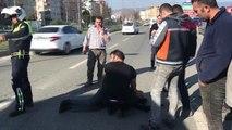 Bursa Kamyonetle Çarpışan Motosikletin Sürücüsü Yaralandı