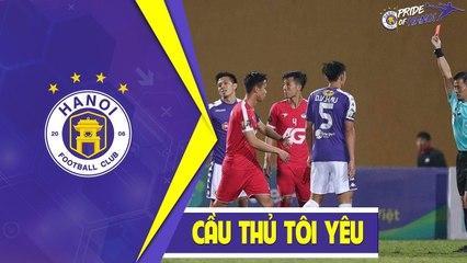 Tình huống nhận thẻ đỏ đầy tranh cãi của đội trưởng Văn Quyết trong trận đấu với Viettel   HANOI FC