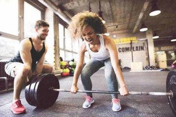 Wie flirtet Mann im Fitnessstudio?