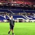 L'incroyable communion de De Ligt avec les supporters de l'Ajax après la victoire contre l'OL en 2017