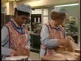 BBC Dinnerladies  S1E2   Royals Comedy)
