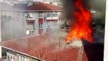 Bahçelievler'de 3 katlı binanın çatısı alev alev böyle yandı