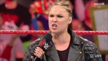 (ITA) Ronda Rousey si riprende il titolo femminile e attacca Becky Lynch - WWE RAW 04/03/2019 -