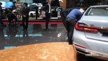 BMW Série 7 restylée: le navire amiral - Vidéo en direct du Salon de Genève 2019