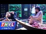 THVL   Phương Thanh vừa hát vừa chụp ảnh selfie  trên sân khấu Người hát tình ca