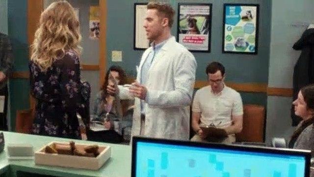 Schitts Creek S04E01 Dead Guy in Room 4