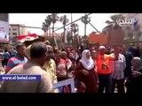 صدى البلد | العشرات يتظاهرون بالقائد إبراهيم لدعم قرارات السيسي