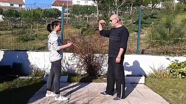 Self defense - How to defend against knife attacks with Aiki Jutsu Do