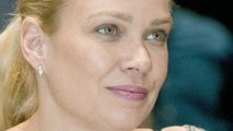 TWD's Laurie Holden: Andrea Started As A 'Sad Sack' And Ended As A 'Woman Of Integrity'