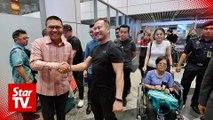 'Tit-tar' practitioner Chris Leong returns home