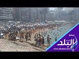 صدى البلد | موجة الحر تساهم في زيادة الإقبال على الشواطئ بالإسكندرية