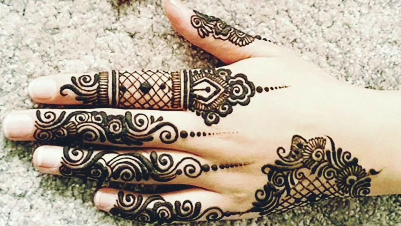 Simple And Beautiful Creative Mehndi Motives Designs Fingers
