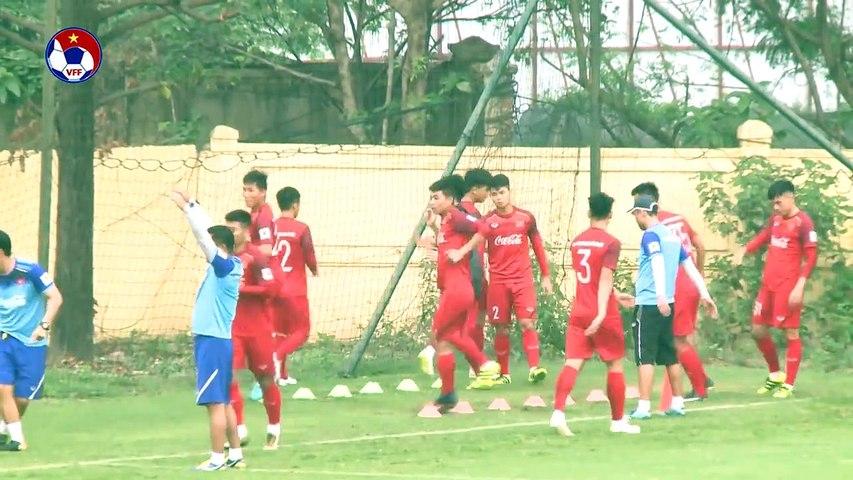 Tiến Linh vẫn chưa thể tập cùng các đồng đội ở tuyển U23 Việt Nam | VFF Channel