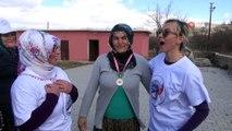 İşte 'Şalvarspor'...Bu köyün kadınları sporlarını şalvarları ile yapıyor