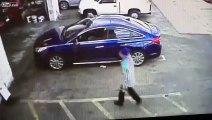 Il laisse sa voiture au garage pour une vidange et se la fait voler... Dommage