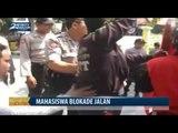 Mahasiswa Blokade Jalan Menuju Pendopo Bupati Pamekasan