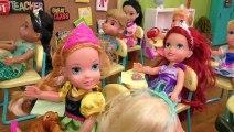 MONTRER et le DIRE ! Elsa & Anna les tout-petits à l'École - l'Un est Endormie - enseignant - Barbie problèmes de Mathématiques
