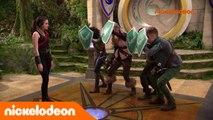 L'école des Chevaliers | Sois Sage avec maman | Nickelodeon France