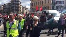 Grève nationale du 19 mars à Marseille : le cortège de manifestants termine sa course place Castellane