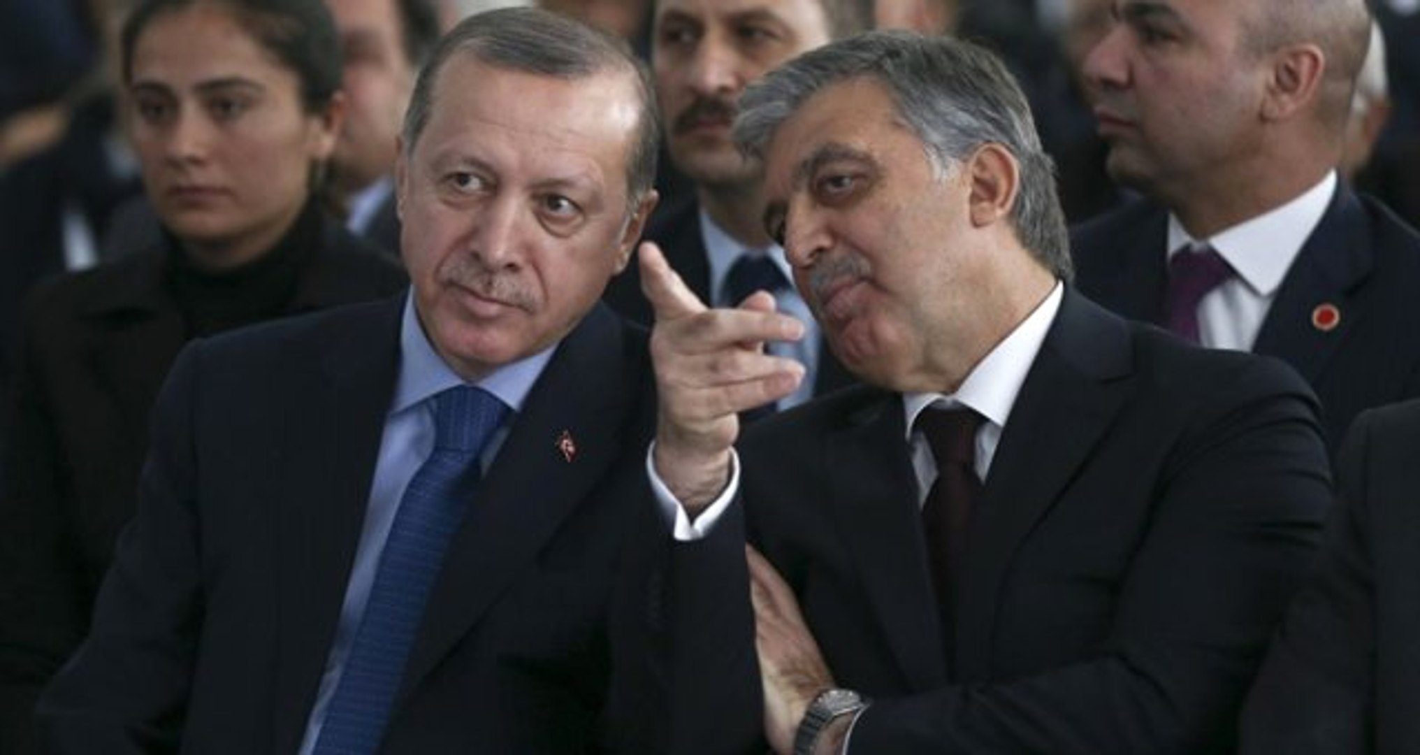 Bülent Arınç, Erdoğan'a Yaptığı Teklifi Açıkladı: Gül'e, Davutoğlu'na, Babacan'a