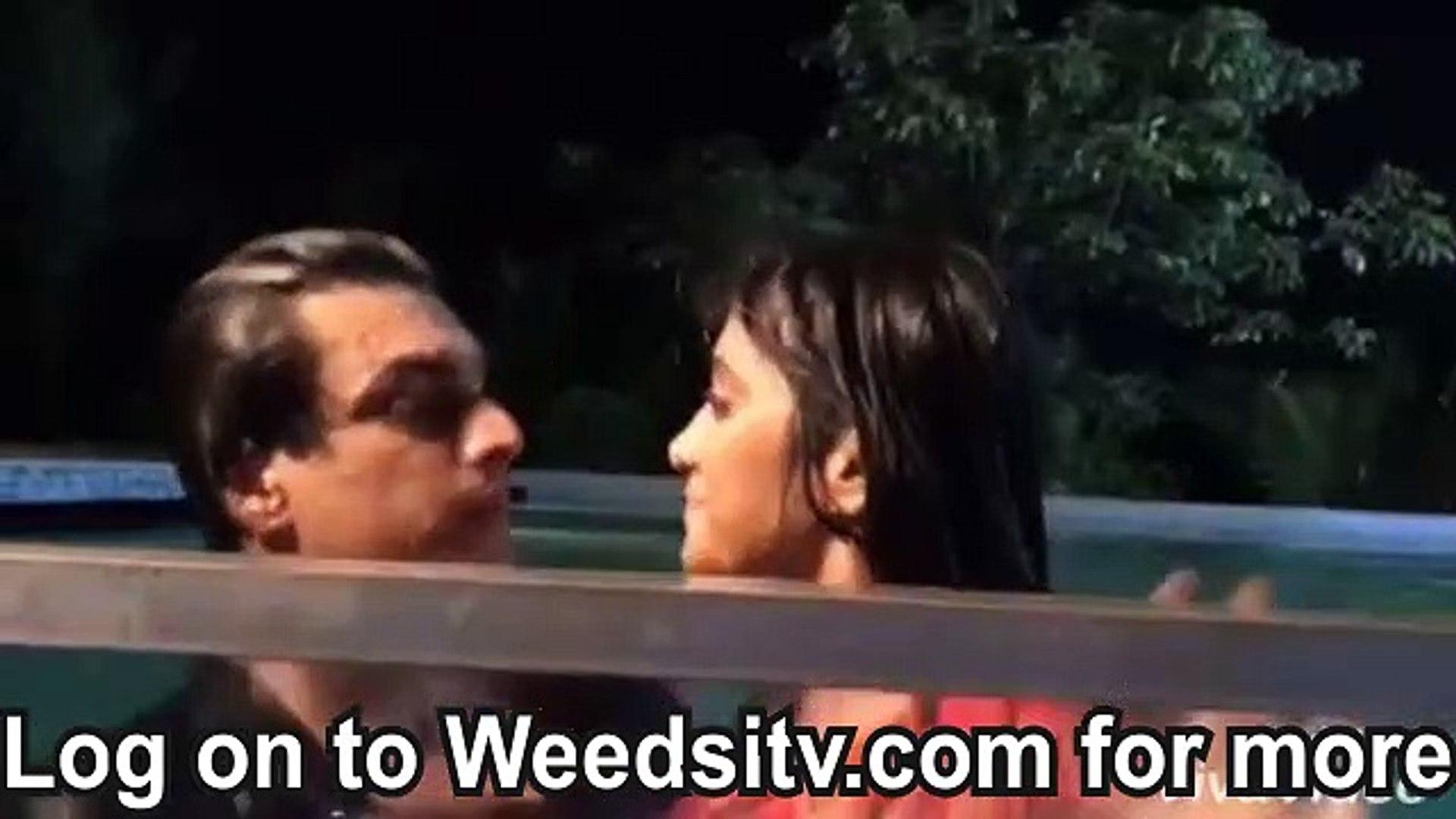Kartik Naira Water Romance - Yeh Rishta Kya Kehlata Hai