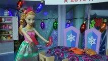 La FÊTE du NOUVEL AN! ELSA, ANNA les tout-petits et de nombreux invités à la fête! De danser, de jouer, de manger, le plaisir!