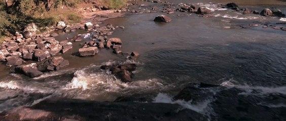 Agua dos Porcos (Trailer) english subtitles activate