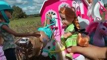 Équitation ! Elsa & Anna les tout - petits- Chevaux Stable