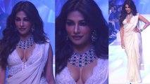 Chitrangada Singh dazzles on ramp at Bombay fashion Week | FilmiBeat