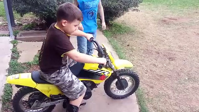 Kids fails on motorcycles