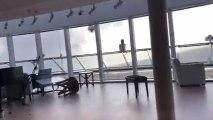 Momentos de tensión en el interior del Sky Viking a causa del fuerte oleaje