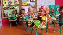 L'ÉCOLE ! Elsa & Anna les tout – petits- le Chant - l'Alphabet - les problèmes de Mathématiques - professeur de Barbie