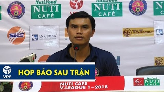 HLV Phan Văn Tài Em thừa nhận may mắn chưa đến với Sài Gòn   VPF Media