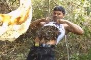 Cet apiculteur indien met des centaines d'abeilles dans son t-shirt !