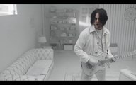 JACK WHITE - OVER AND OVER