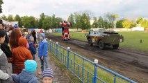 Tank VS Transformers en Russie... Bizarre