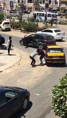 Échange de coups de poings entre un taximan et un chauffeur particulier