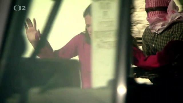 Vězněm v cizině - 08 Somálská noční můra -dokument (www.Dokumenty.TV)