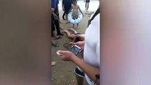 Ce touriste chinois vent de se faire piquer les parties intimes  par une raie...