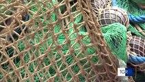 """Pescatori pugliesi protestano contro l'Unione Europea """"perderemo quasi tutto il pescato"""""""