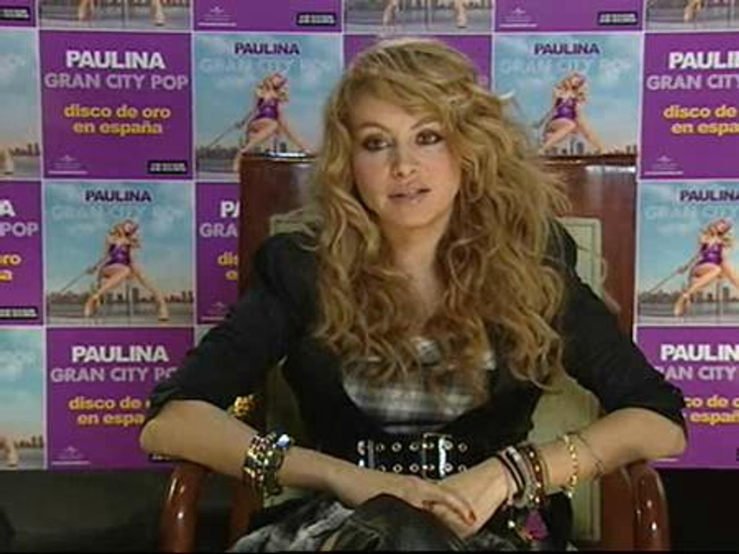 Paulina Rubio Me Encanta Pasear Desnuda Por Casa Vídeo Dailymotion