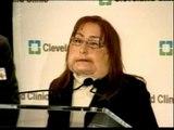 Aparece en público la mujer a la que se le trasplantó el 80% del rostro
