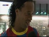 Ronaldinho le declara amor eterno al Barça