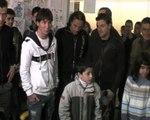 Messi visita a niños enfermos en hospital